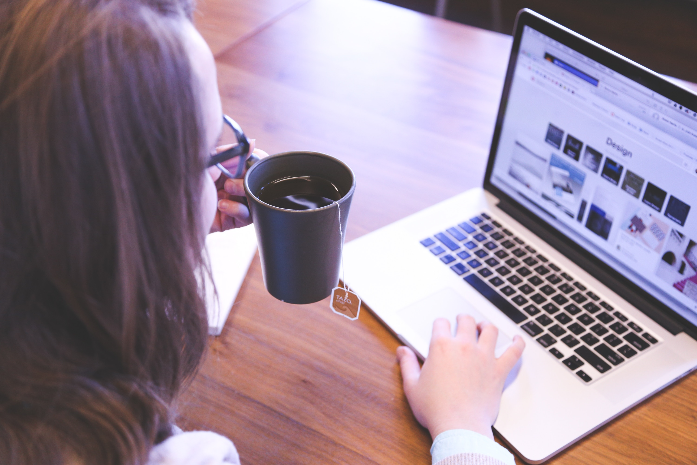 Zakupy online za granicą coraz bardziej popularne